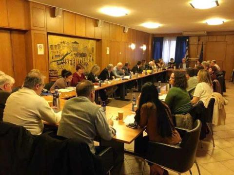 Σηφάκης σε σύσκεψη στο ΥΠΑΑΤ για εργόσημα αλλοδαπών