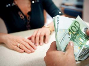 Χρηματικό βοήθημα σε πολύτεκνες μητέρες