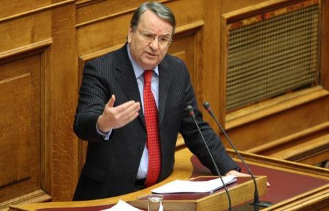Γιώργος Καρασμάνης στη Βουλή