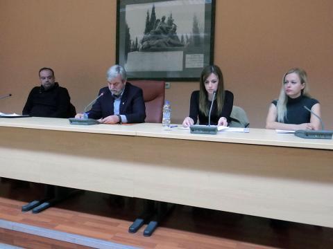 Σύσκεψη για τα αδέσποτα στα Γιαννιτσά